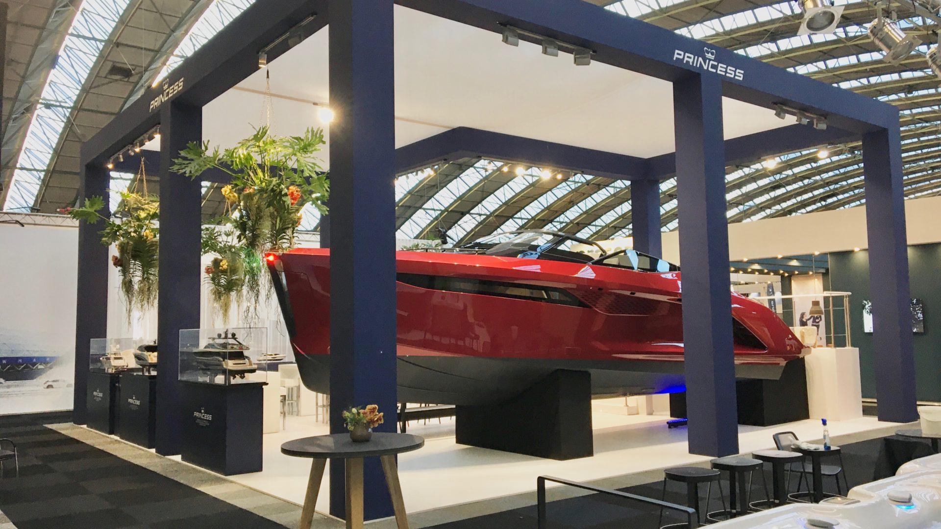 princess yachts LXRY princess R35